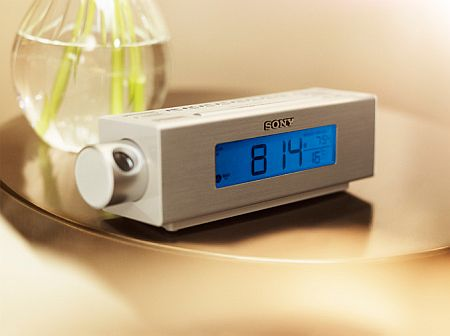 Sony_projector_clock_radio