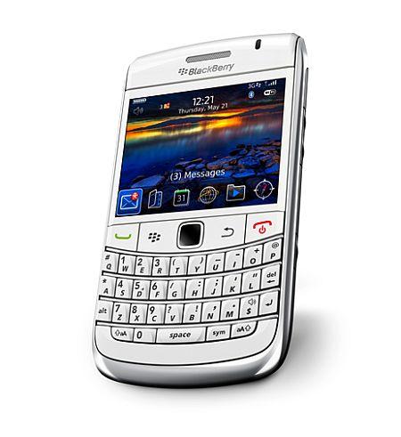 Blackberry_bold_9700_white_3